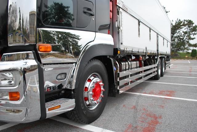 H26 UDトラックス クオン 高床冷凍ウィング リアエアサス